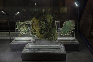 Mecanismo de Antikythera de que mecanismo se compone