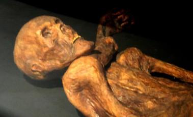 Los tatuajes terapéuticos de Ötzi el hombre de hielo